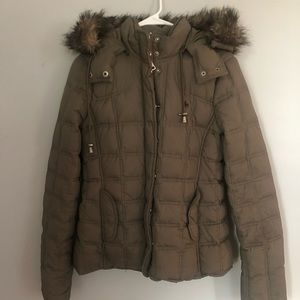 Abercrombie & Fitch hooded Parka with dettach. Fur